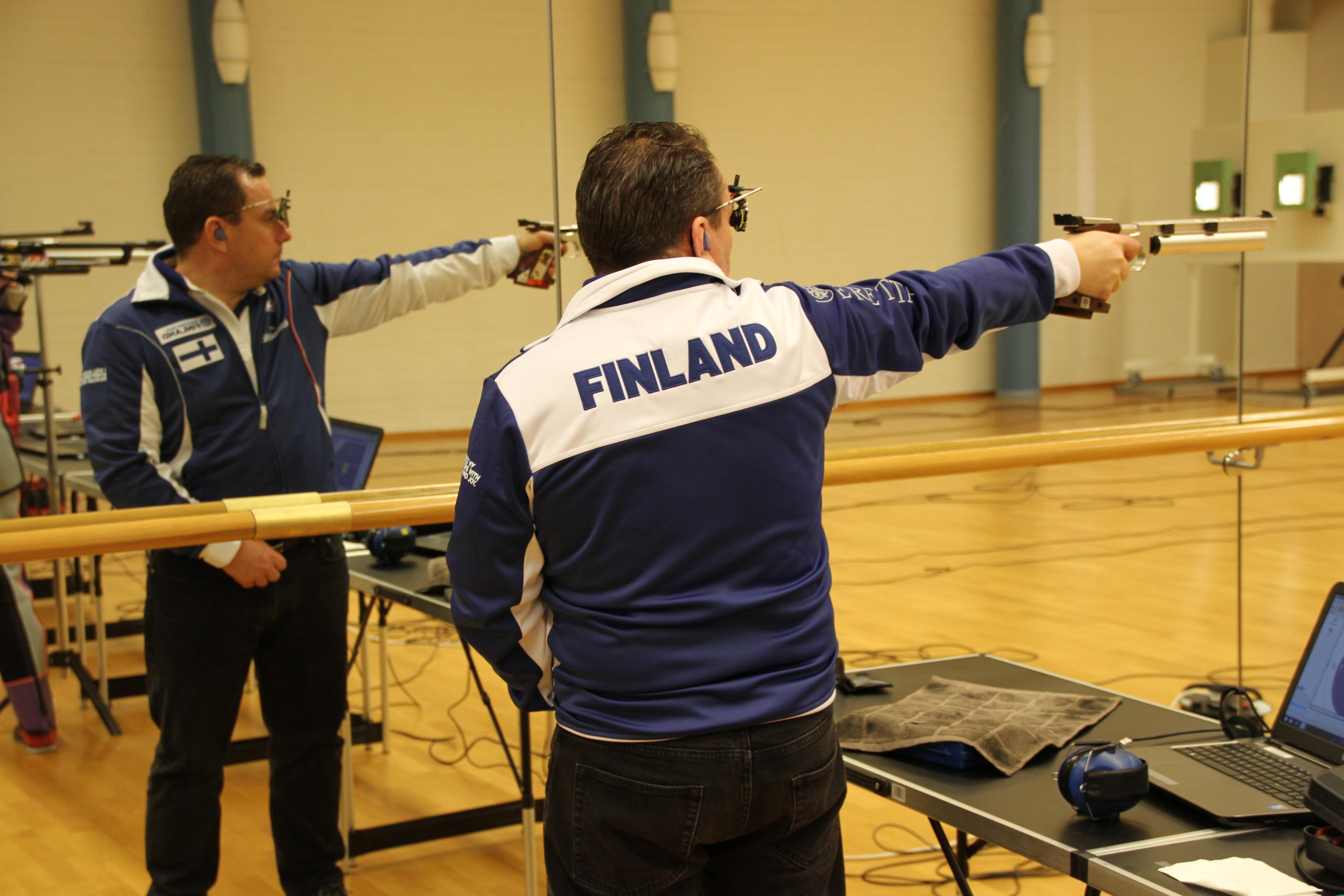Kai Jahnssonin nimissä on miesten ilmapistoolin Suomen ennätys 588. Kuva: Lassi Palo